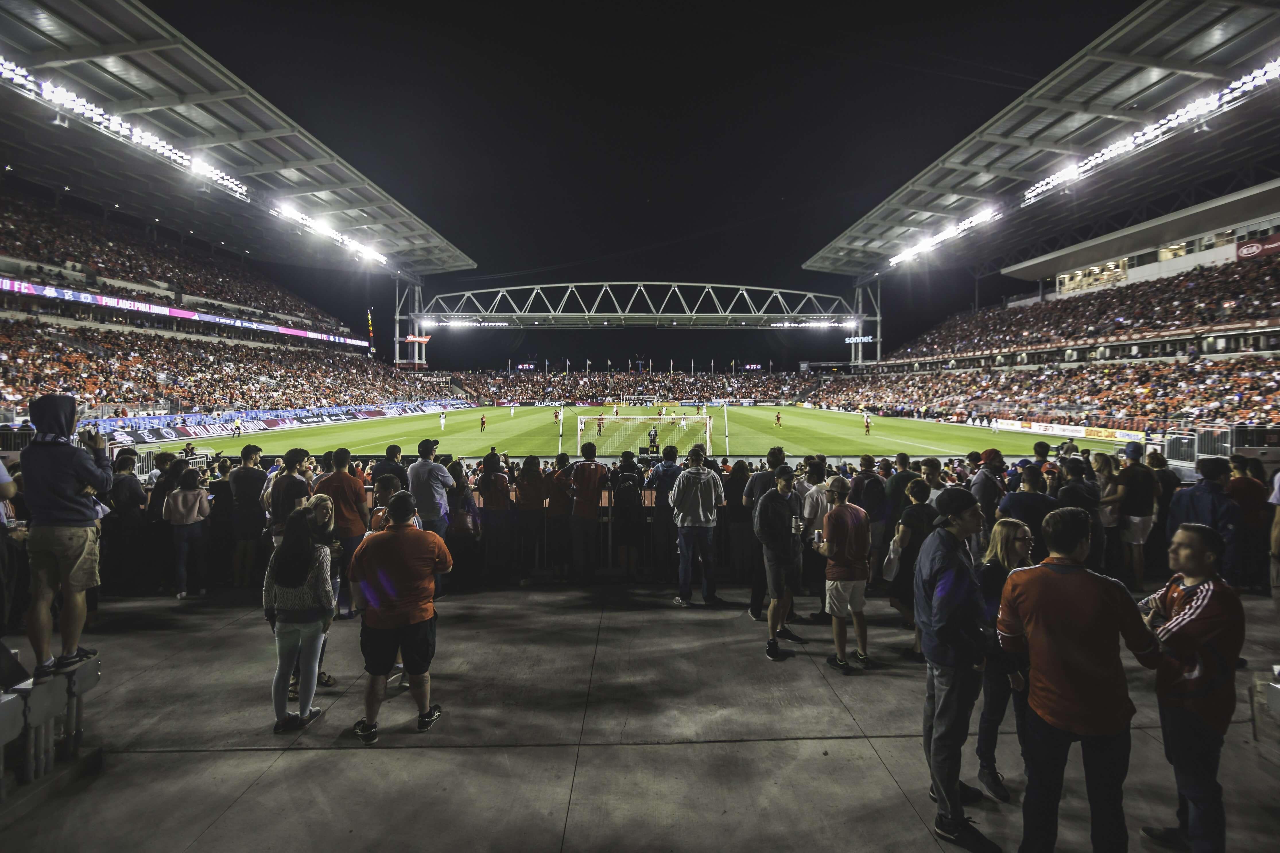 Fodboldkampe i dag – Her kan du følge med i dagens kampe og odds